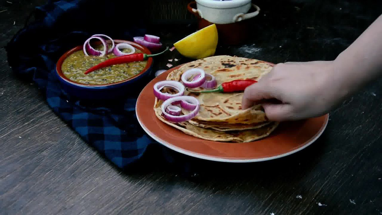 Image of the cooking step-5-4 for Lachha Paratha Recipe - How to Make Multi-Layered Paratha