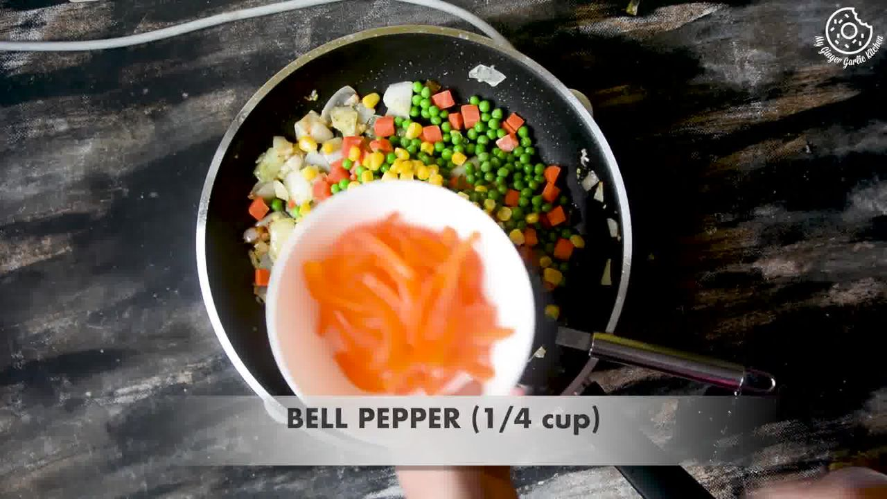 Image of the cooking step-1-4 for Thai Pineapple Fried Rice (Vegan)