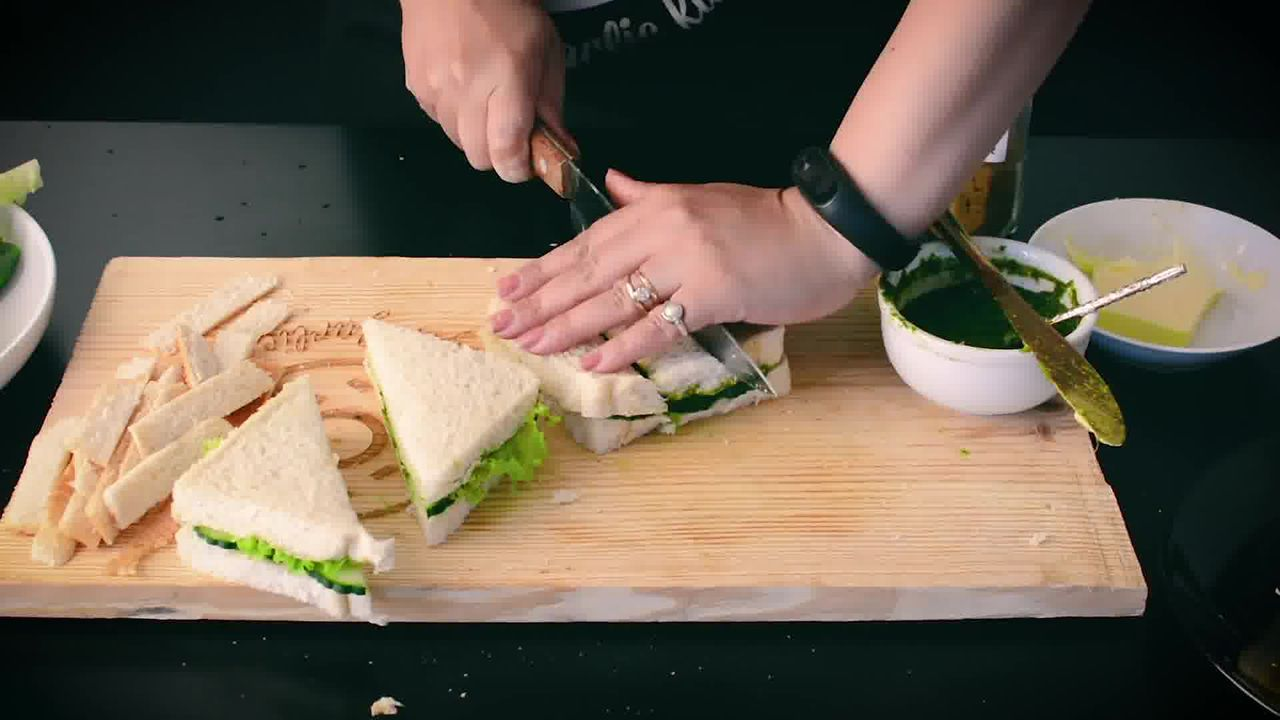 Image of the cooking step-2-6 for Indian Cucumber Chutney Sandwich – Tea Time Sandwich