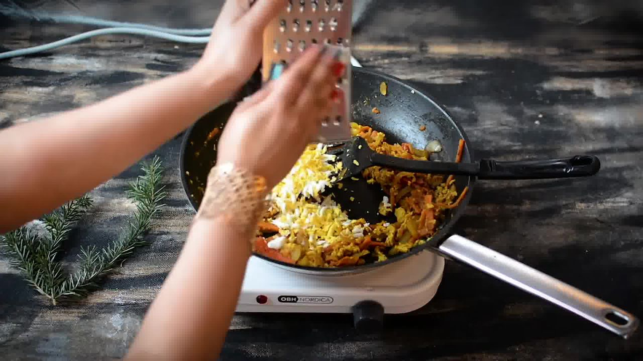 Image of the cooking step-2-10 for Indian Style Triple Egg Fried Rice Recipe