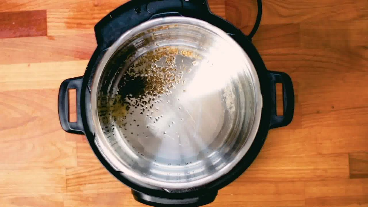 Image of the cooking step-1-2 for Instant Pot Aloo Gobi
