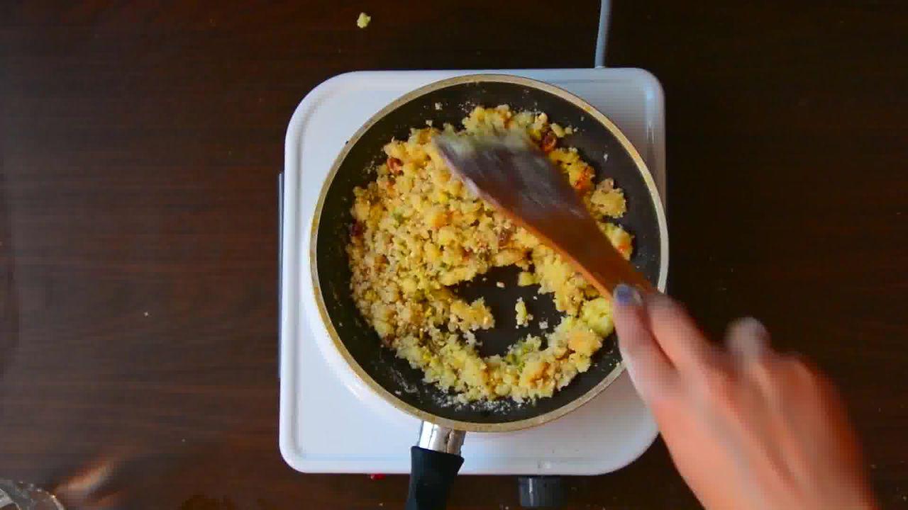 Image of the cooking step-3-4 for Rajasthani Mawa Kachori Recipe