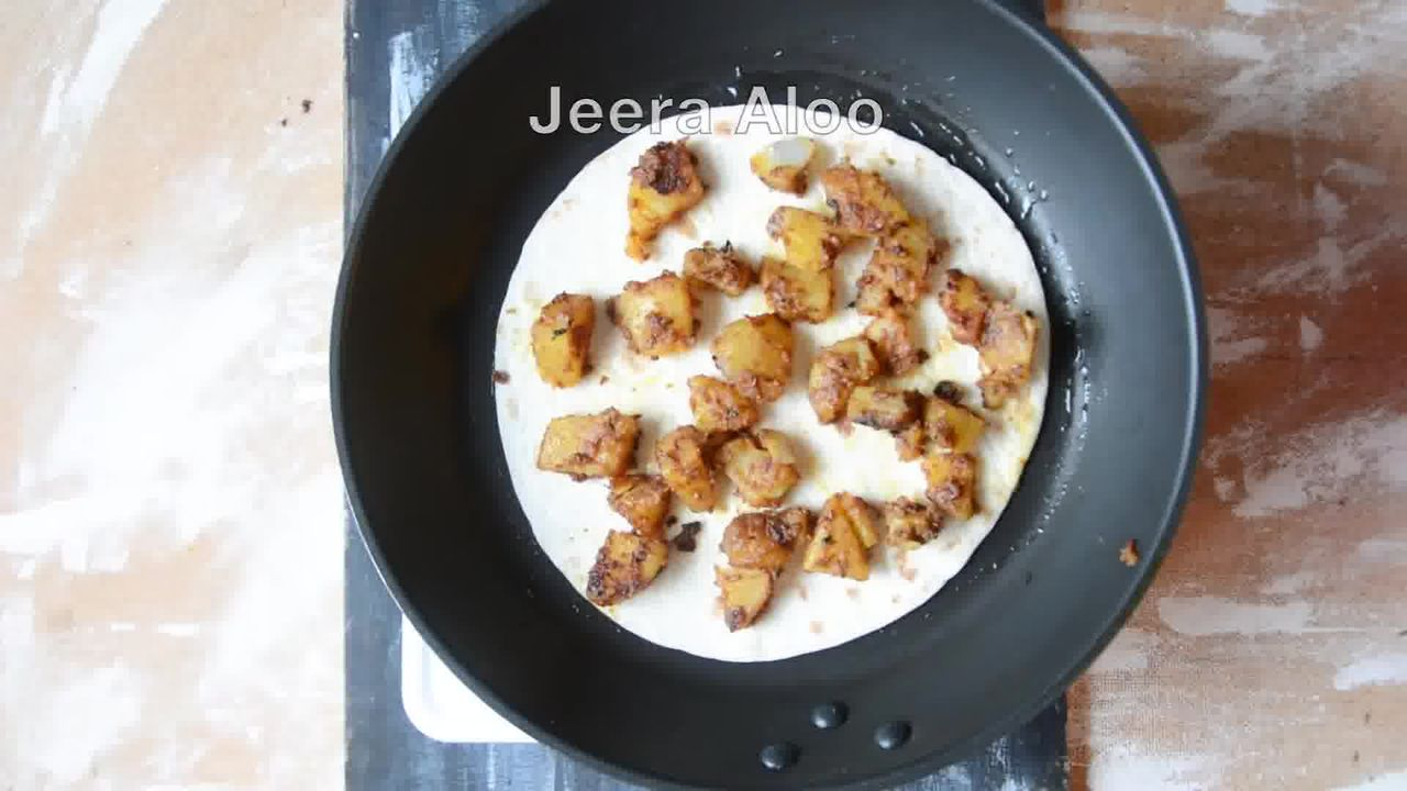 Image of the cooking step-1-10 for Jeera Aloo Quesadilla