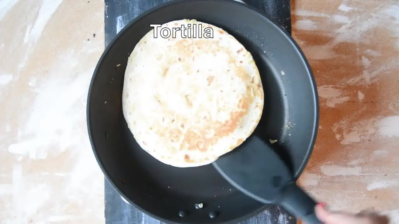 Image of the cooking step-1-14 for Jeera Aloo Quesadilla