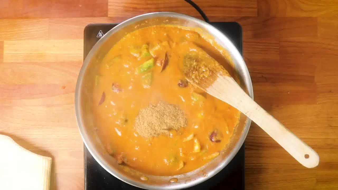 Image of the cooking step-3-7 for Kadai Paneer