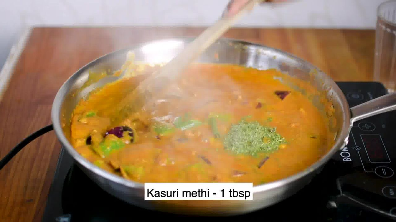 Image of the cooking step-3-8 for Kadai Paneer