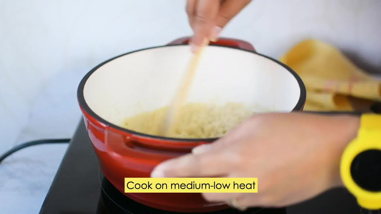 Image of the cooking step-5-2 for Kaju Pista Roll Recipe - Cashew Pistachio Fudge