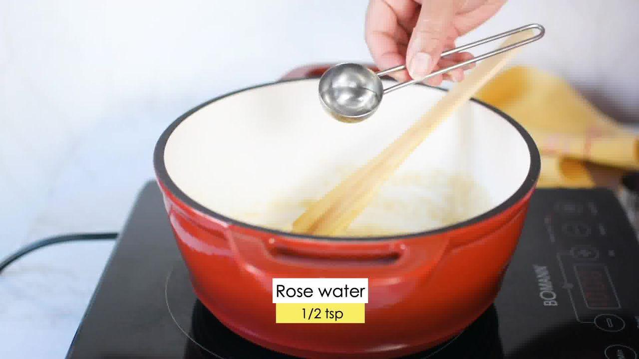 Image of the cooking step-5-3 for Kaju Pista Roll Recipe - Cashew Pistachio Fudge