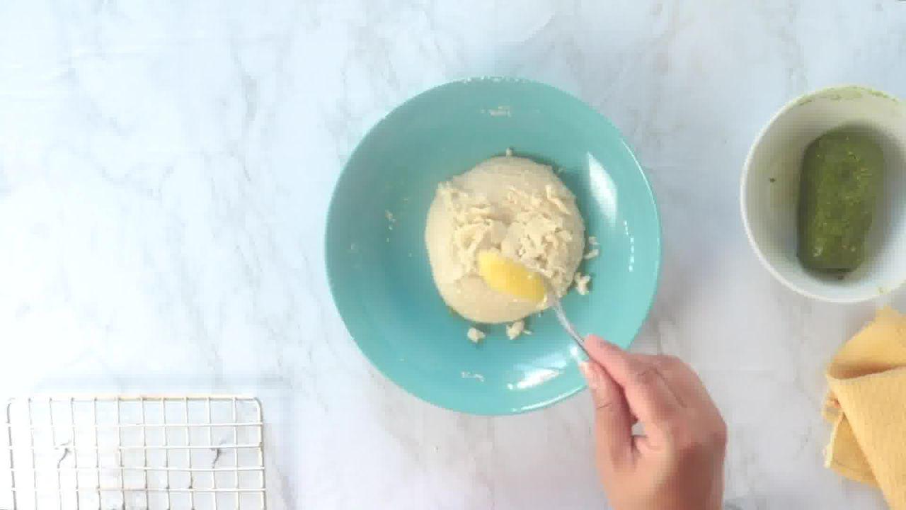 Image of the cooking step-5-6 for Kaju Pista Roll Recipe - Cashew Pistachio Fudge