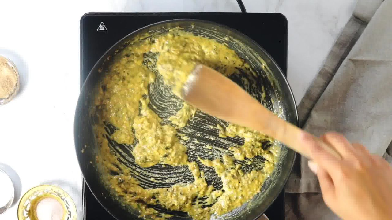 Image of the cooking step-1-11 for Khasta Moong Dal Kachori