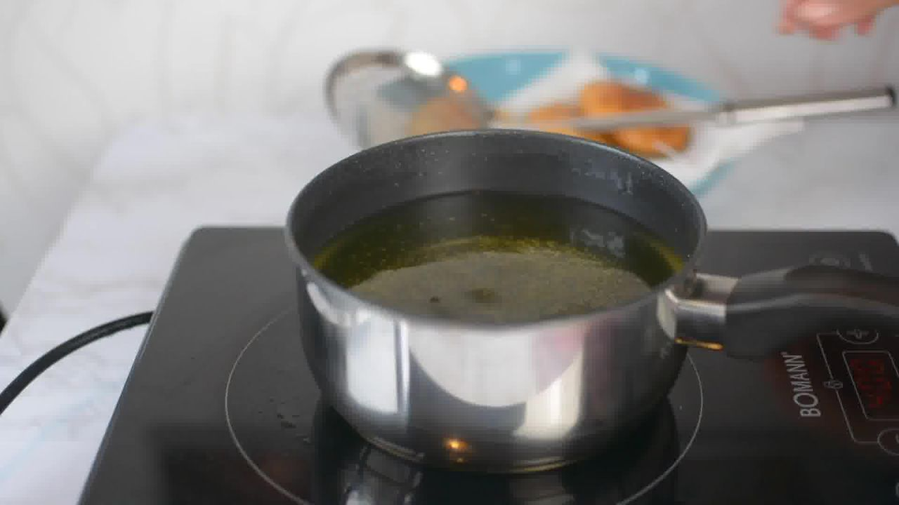 Image of the cooking step-4-1 for Khasta Moong Dal Kachori