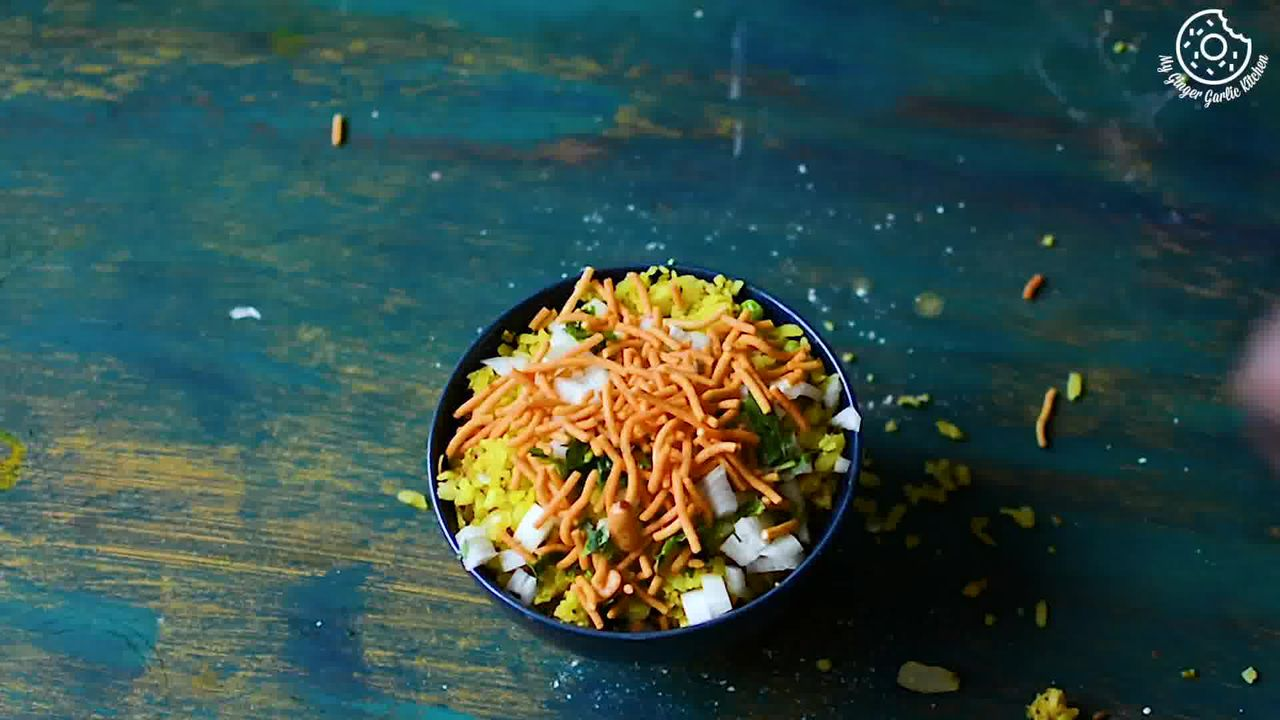 Image of the cooking step-1-14 for Indori Poha Recipe – Beaten Rice Fry Recipe