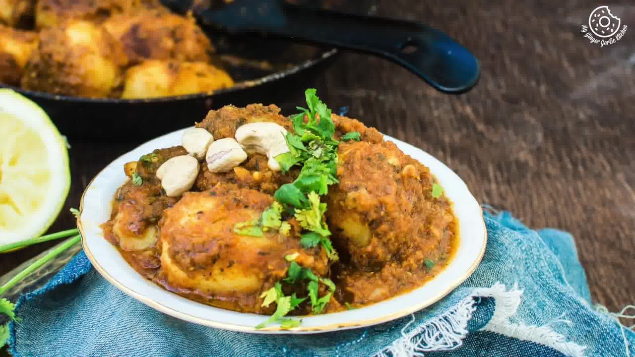 Image of the cooking step-1-16 for Lehsuni Dum Aloo - Spicy Garlicky Potatoes
