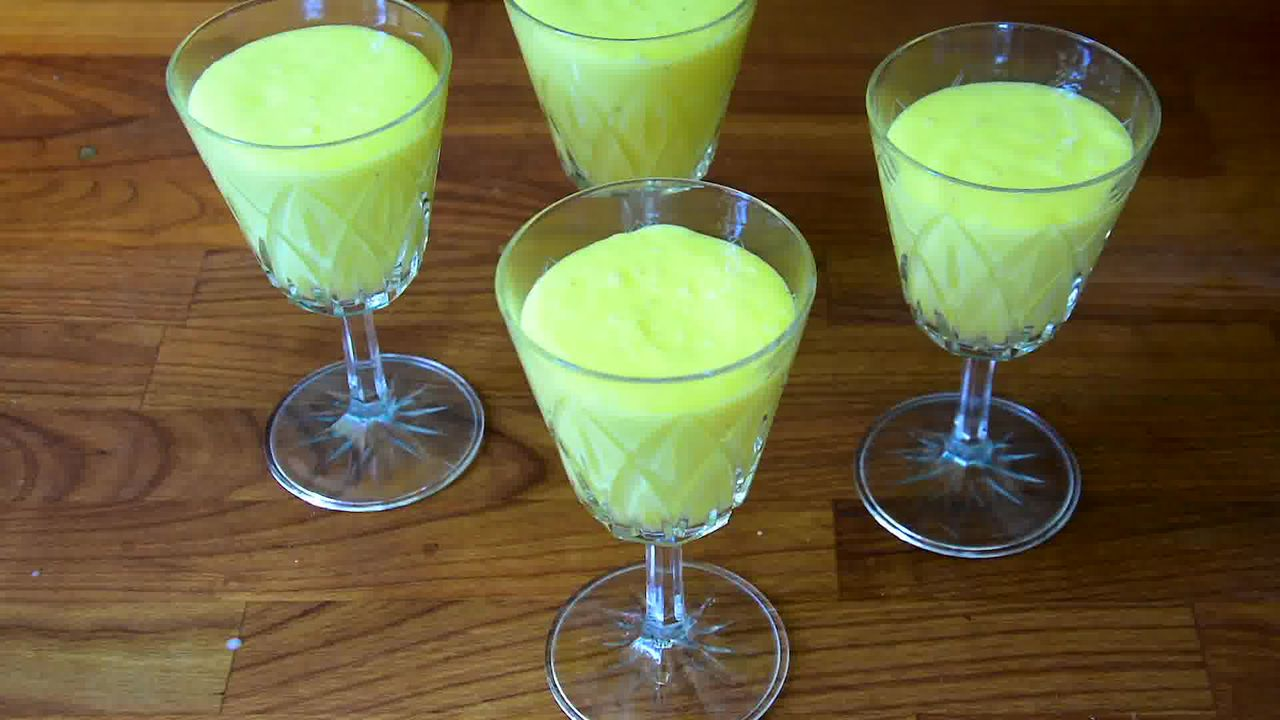 Image of the cooking step-1-3 for Mango Lassi (Video)