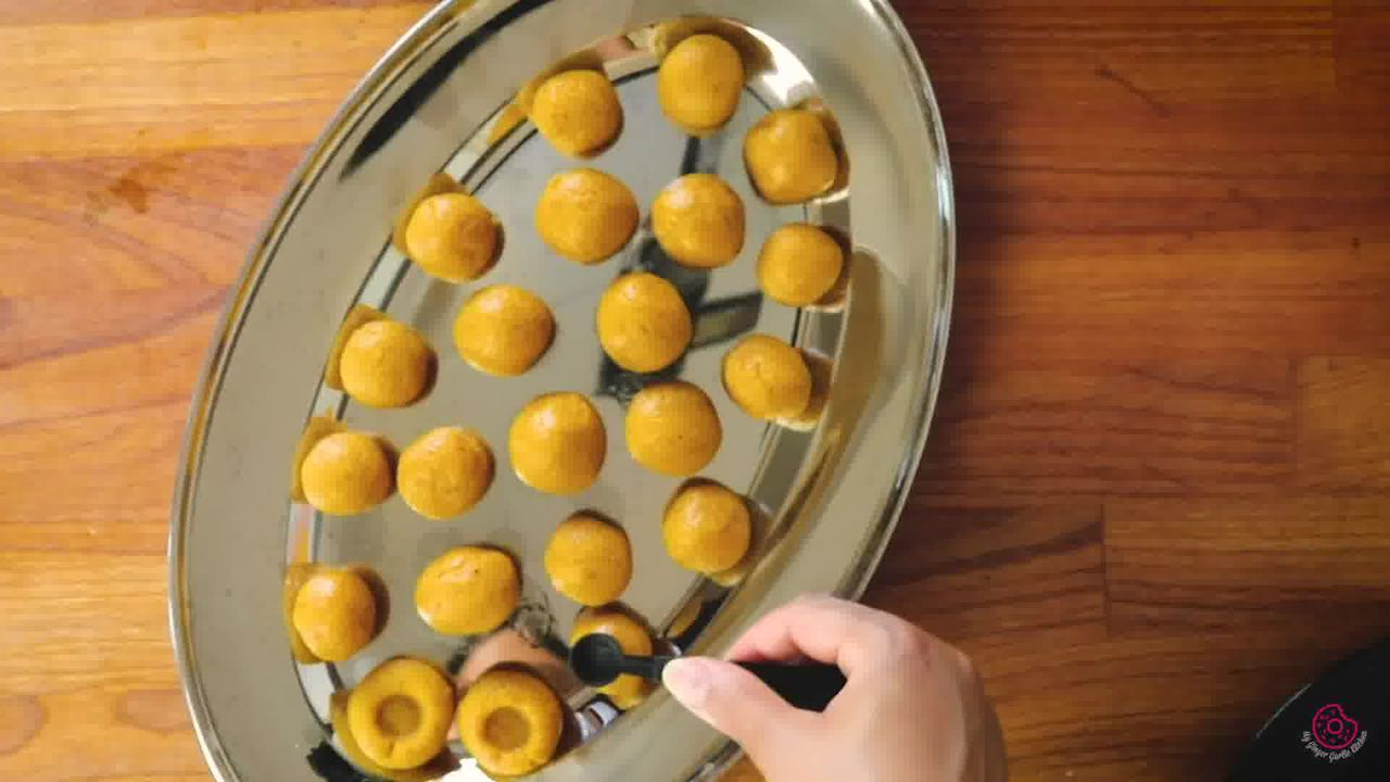 Image of the cooking step-1-17 for Mango Peda