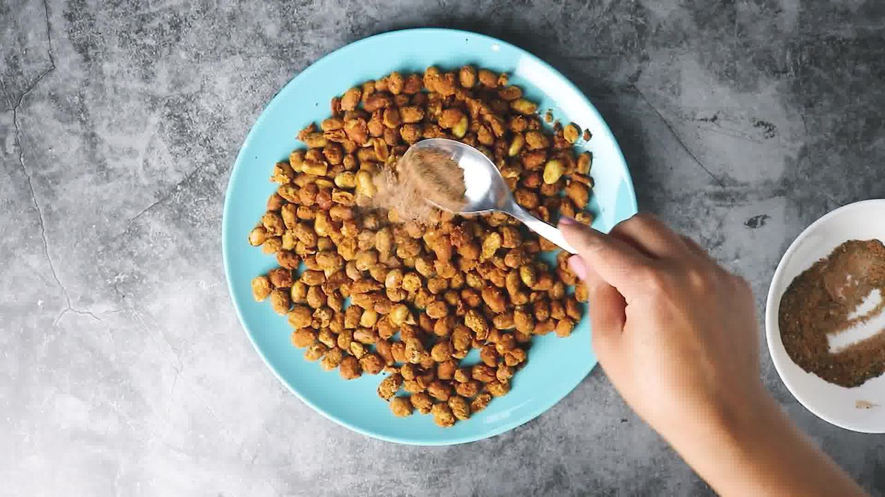 Image of the cooking step-4-5 for Masala Peanuts (Air Fryer, Baked and Fried Recipe)