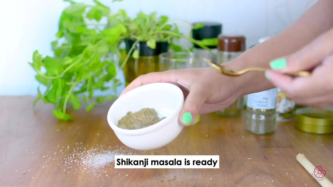 Image of the cooking step-2-2 for Masala Shikanji - Masala Soda