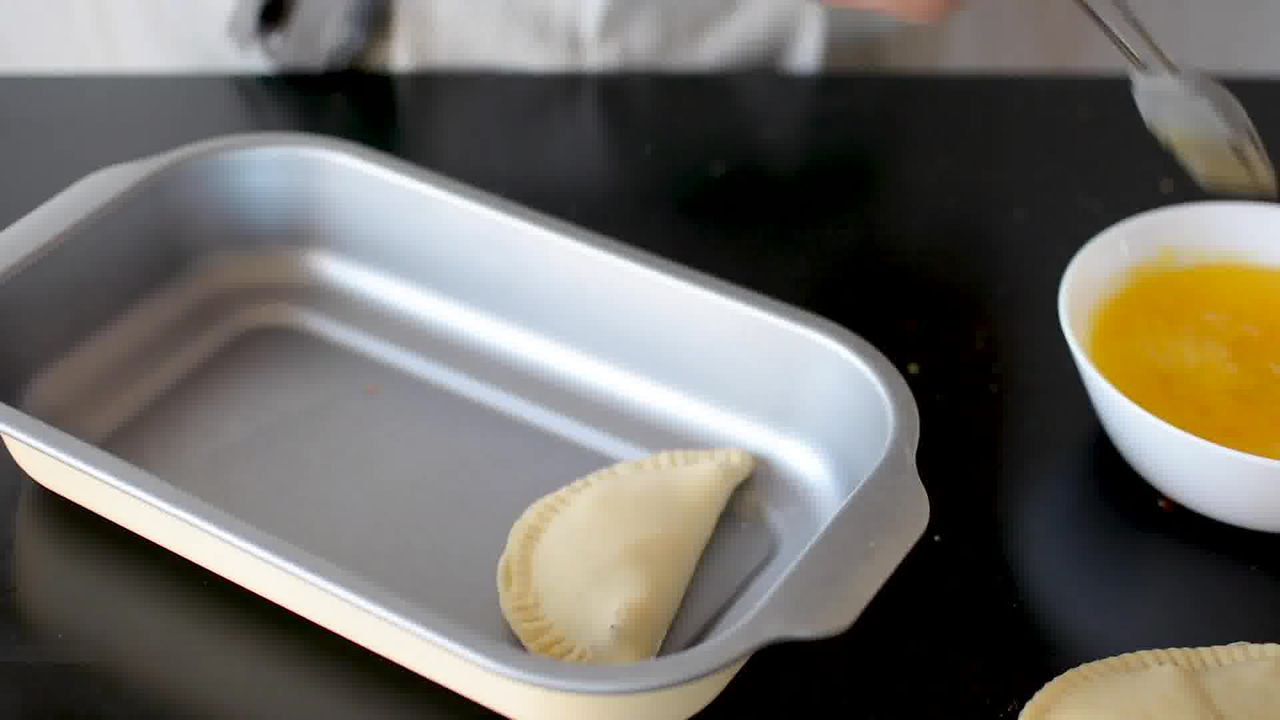 Image of the cooking step-7-2 for Gujiya Recipe | Mawa Gujiya Recipe