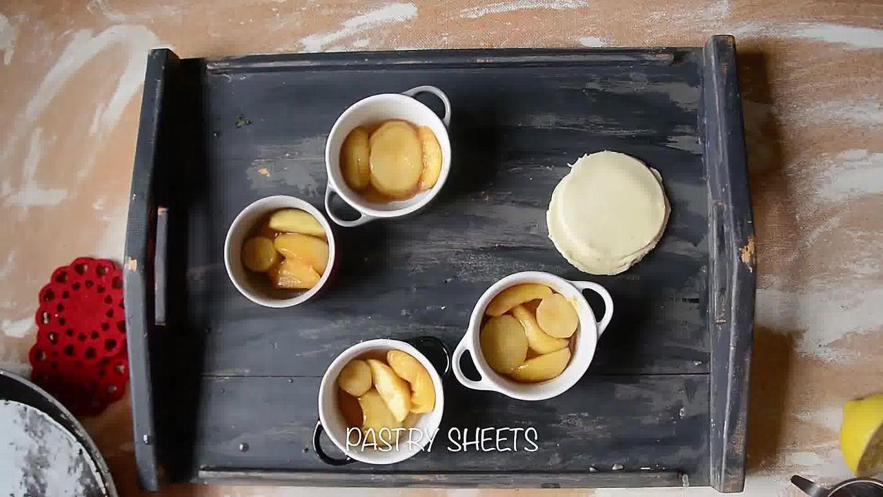 Image of the cooking step-1-11 for Mini Apple Pear Tarte Tatin