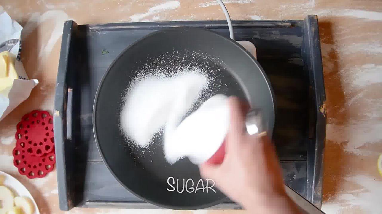 Image of the cooking step-1-4 for Mini Apple Pear Tarte Tatin