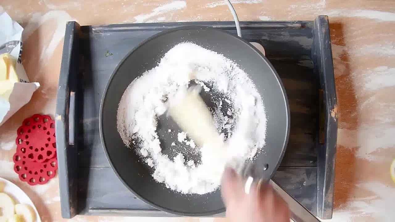 Image of the cooking step-1-5 for Mini Apple Pear Tarte Tatin