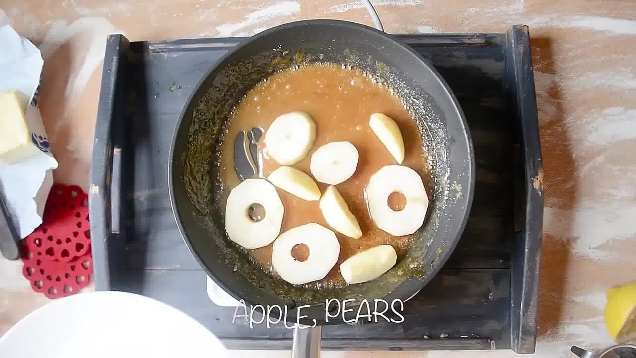 Image of the cooking step-1-8 for Mini Apple Pear Tarte Tatin