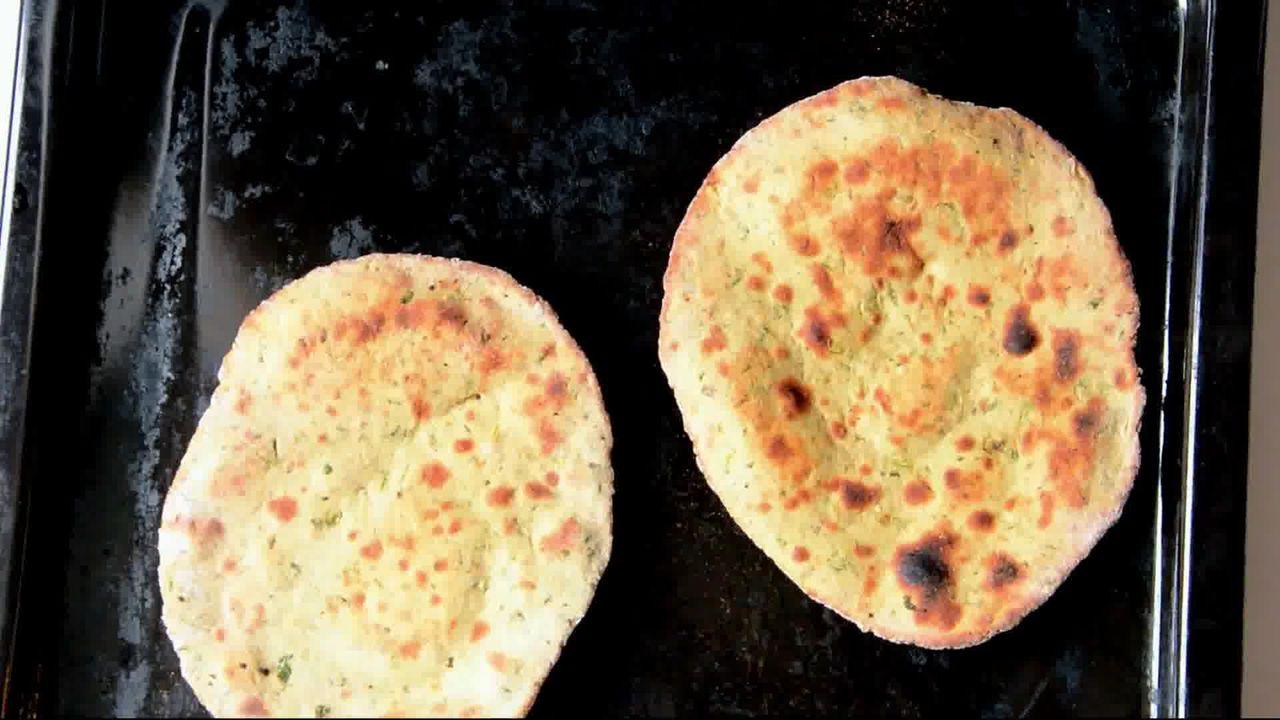 Image of the cooking step-1-9 for Mint Coriander Tandoori Roti Recipe