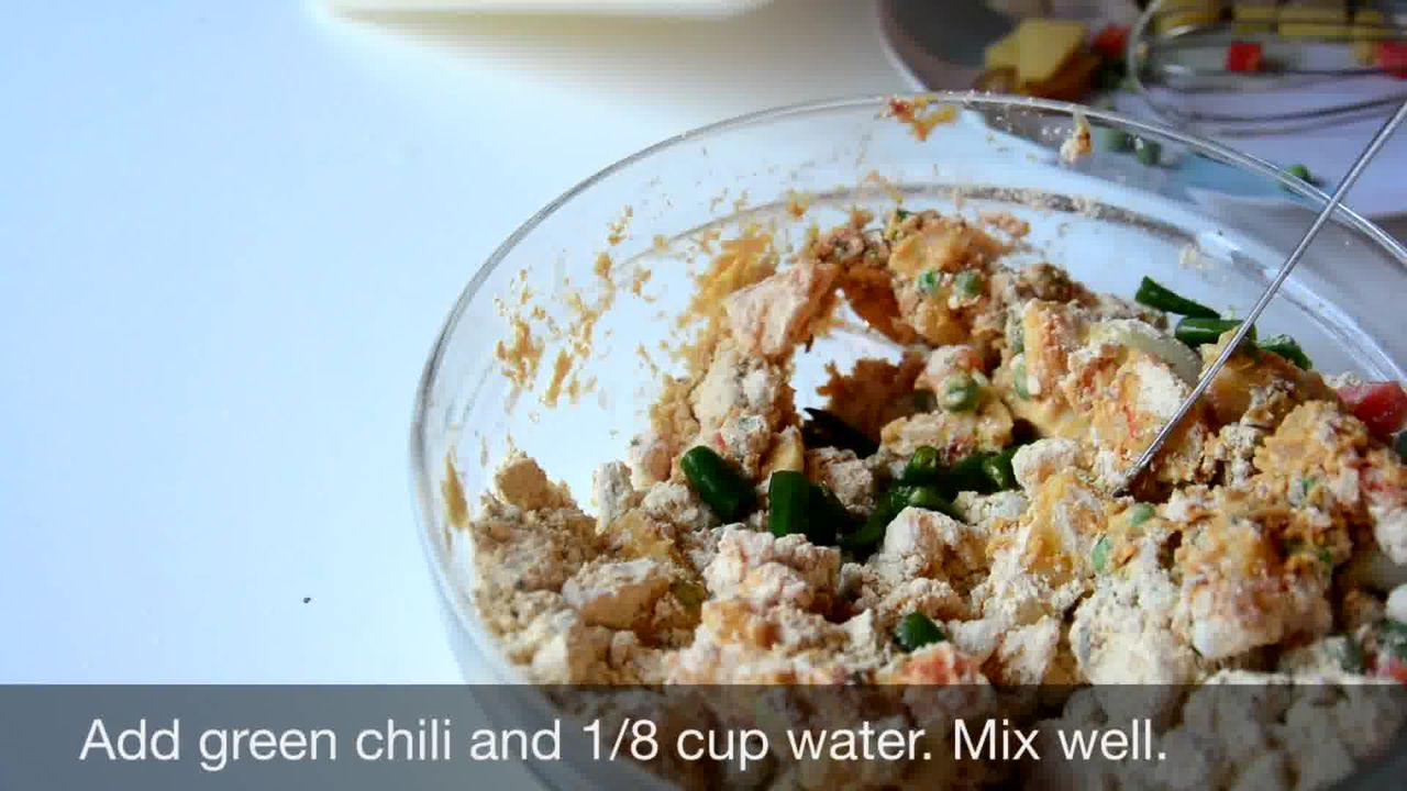 Image of the cooking step-1-4 for Mix Vegetable Pakora | Video Recipe