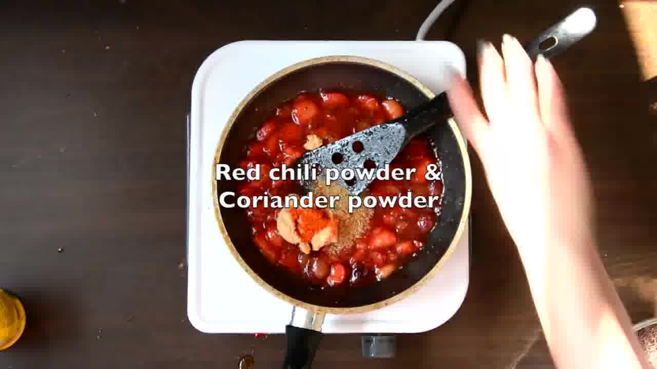 Image of the cooking step-1-6 for Mooli Paratha With Strawberry Grapes Chutney (Video)