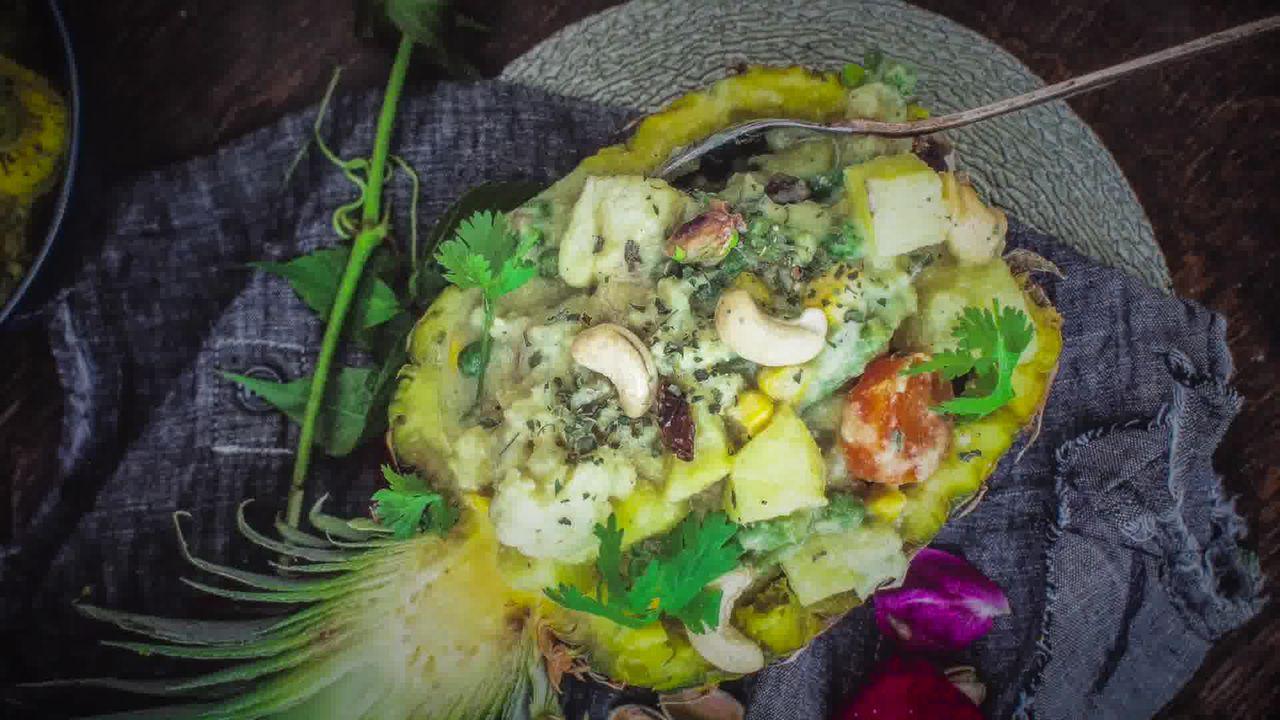 Image of the cooking step-4-14 for Mughlai Navratan Korma - White Gravy Navratan Kurma