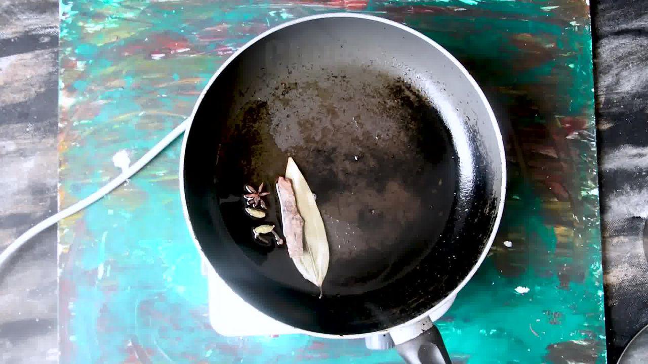 Image of the cooking step-4-2 for Mughlai Navratan Korma - White Gravy Navratan Kurma