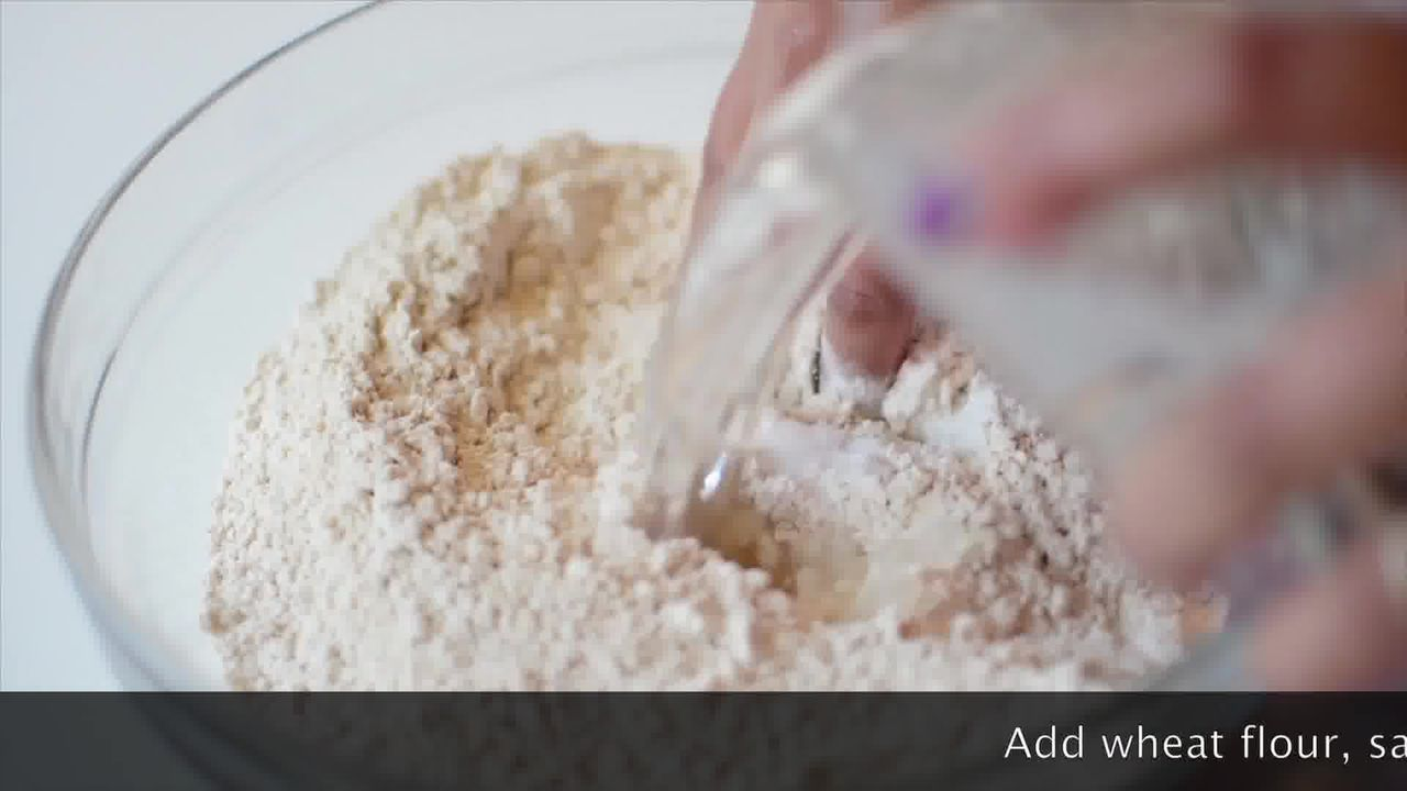 Image of the cooking step-2-1 for Mushroom Kale Stuffed Paratha (Video)