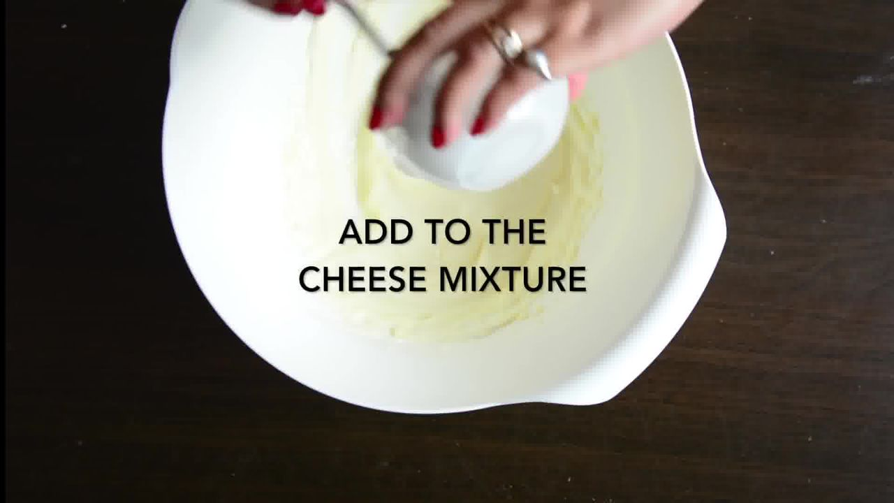 Image of the cooking step-1-13 for No-Bake Mini Strawberry Nutella Cheesecake