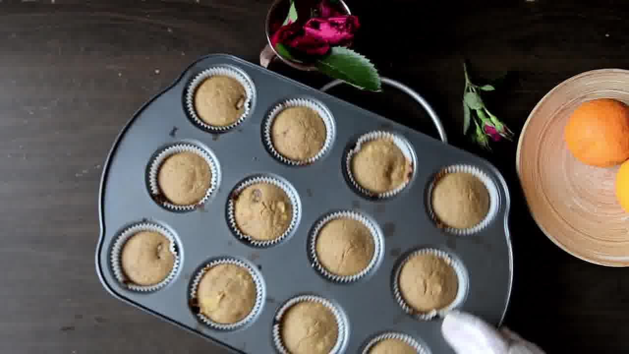 Image of the cooking step-4-3 for Oats Orange Eggless Muffins 3 Ways (Video)