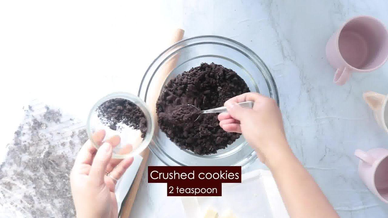 Image of the cooking step-2-4 for Oreo Mug Cake