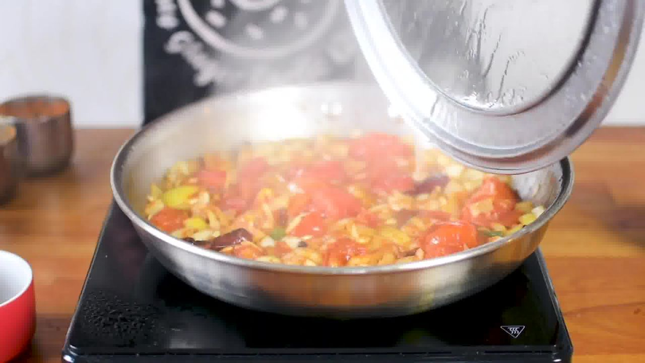 Image of the cooking step-1-9 for Paneer Lababdar Recipe