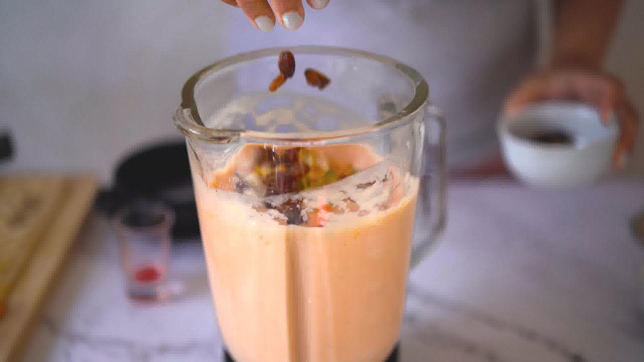 Image of the cooking step-1-5 for Papaya Shake - Papaya Smoothie
