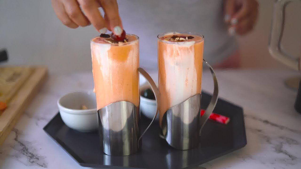 Image of the cooking step-1-8 for Papaya Shake - Papaya Smoothie