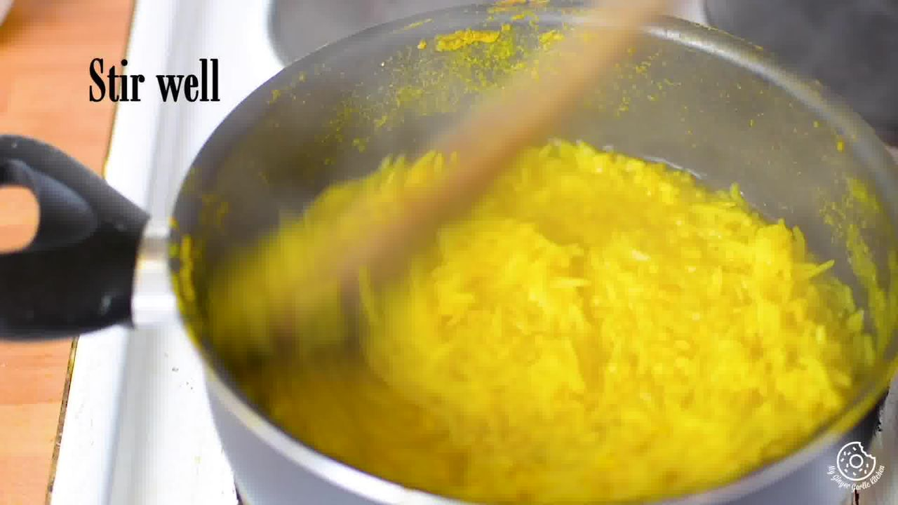Image of the cooking step-1-8 for Paush Khichda - Sweet Khichdi (Pan, Cooker, Instant Pot)