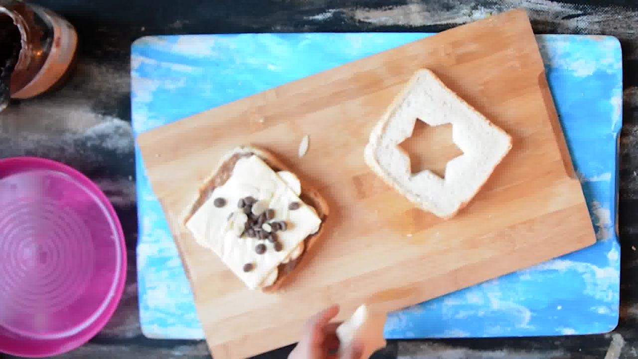 Image of the cooking step-1-5 for Peanut Butter Chocolate Banana Sandwich | Video Recipe