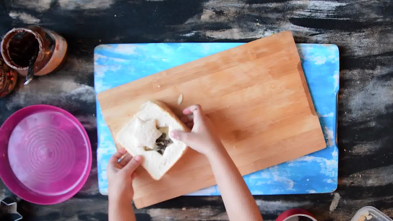 Image of the cooking step-1-6 for Peanut Butter Chocolate Banana Sandwich | Video Recipe