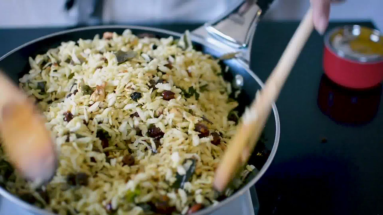 Image of the cooking step-4-2 for Chivda Recipe - Poha Chivda