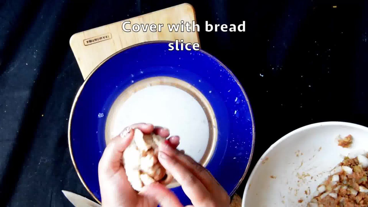 Image of the cooking step-2-4 for Bread Roll (Video)