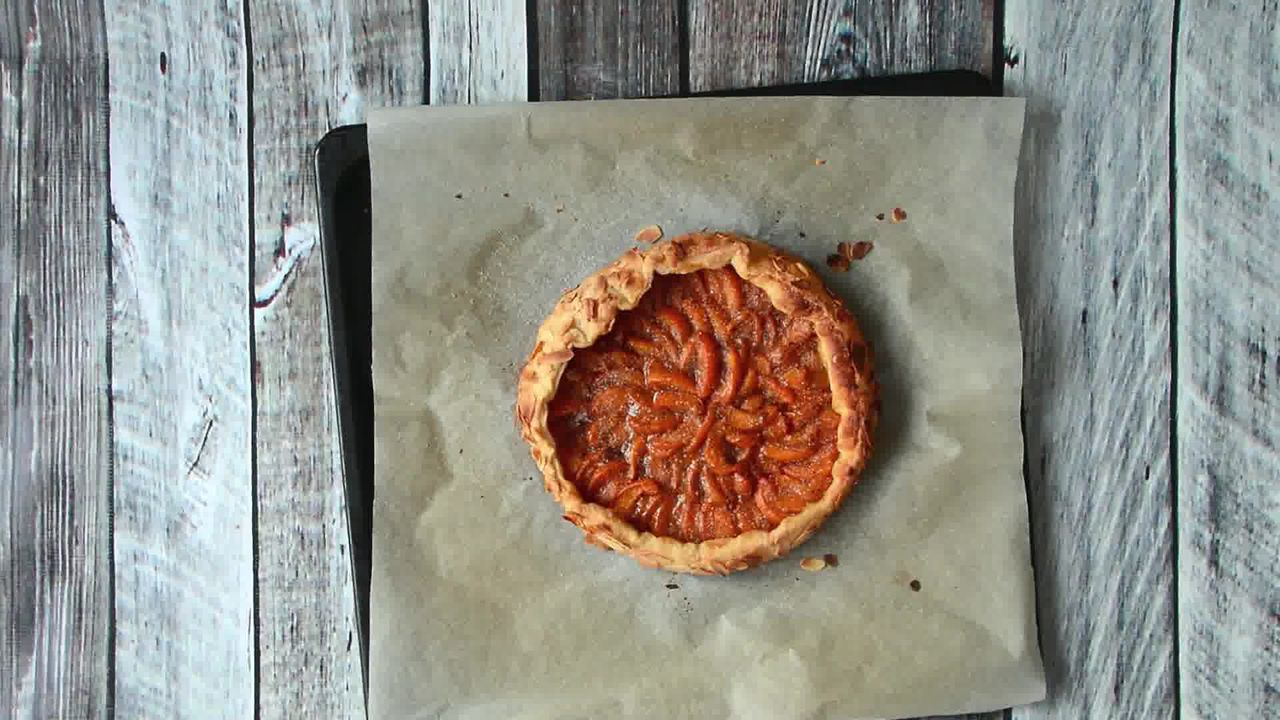 Image of the cooking step-1-10 for Puff Pastry Apricot Galette with Almond Topping