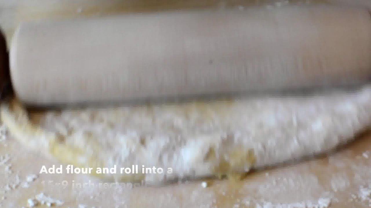 Image of the cooking step-3-2 for Easy Pumpkin Cinnamon Rolls - Pumpkin Cinnamon Bun