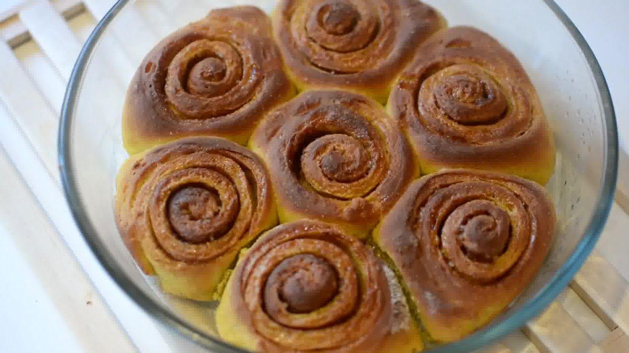 Image of the cooking step-4-3 for Easy Pumpkin Cinnamon Rolls - Pumpkin Cinnamon Bun