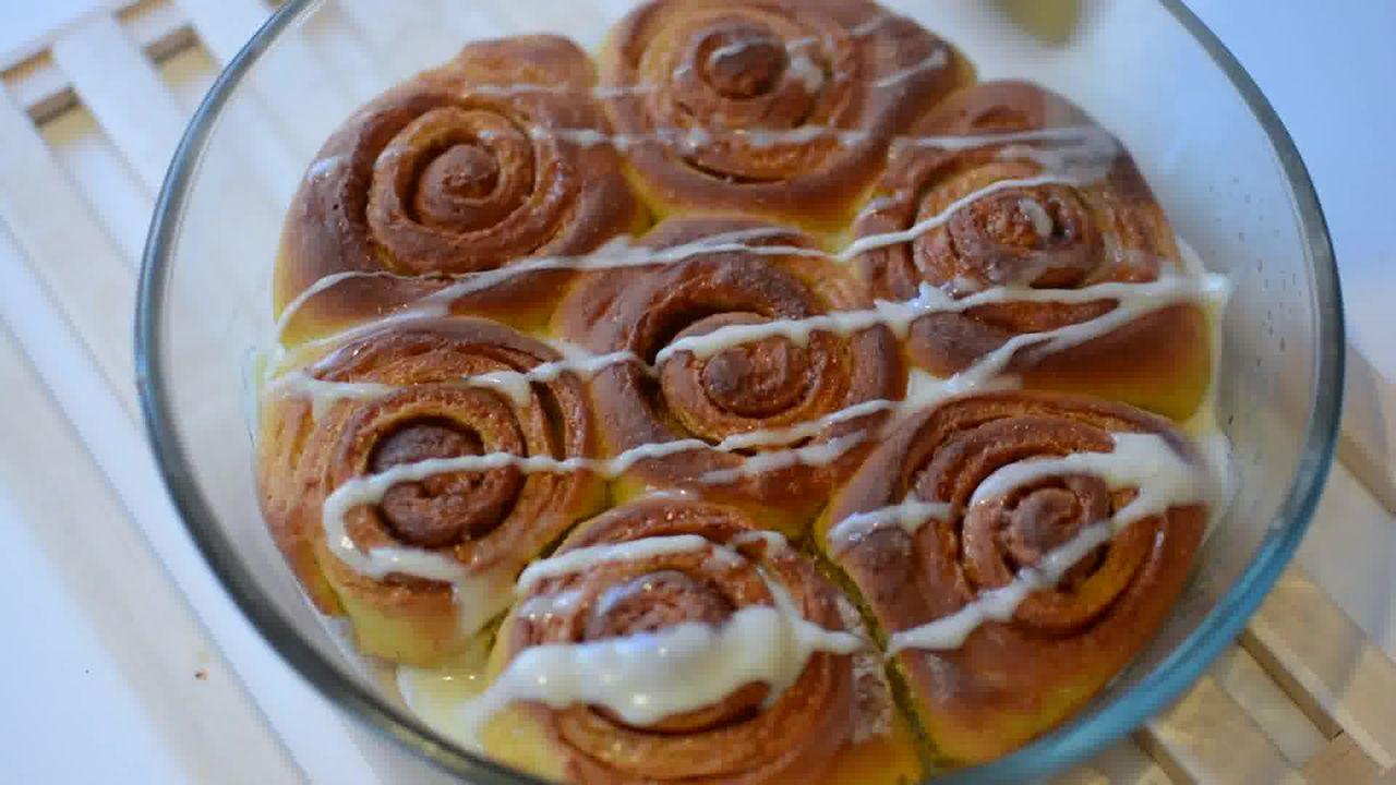 Image of the cooking step-6-1 for Easy Pumpkin Cinnamon Rolls - Pumpkin Cinnamon Bun
