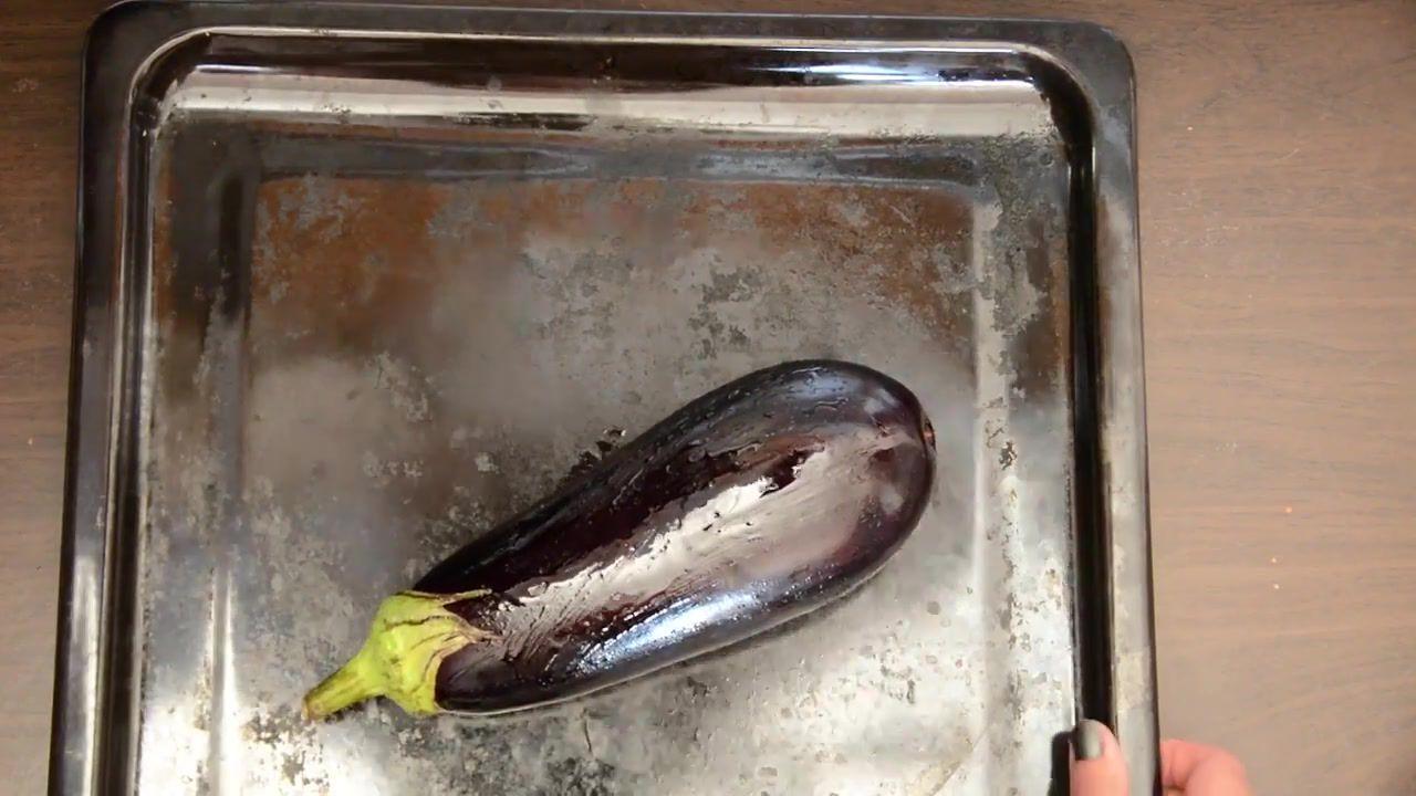 Image of the cooking step-2-1 for Baingan Bharta Recipe – Roasted Eggplant Mash