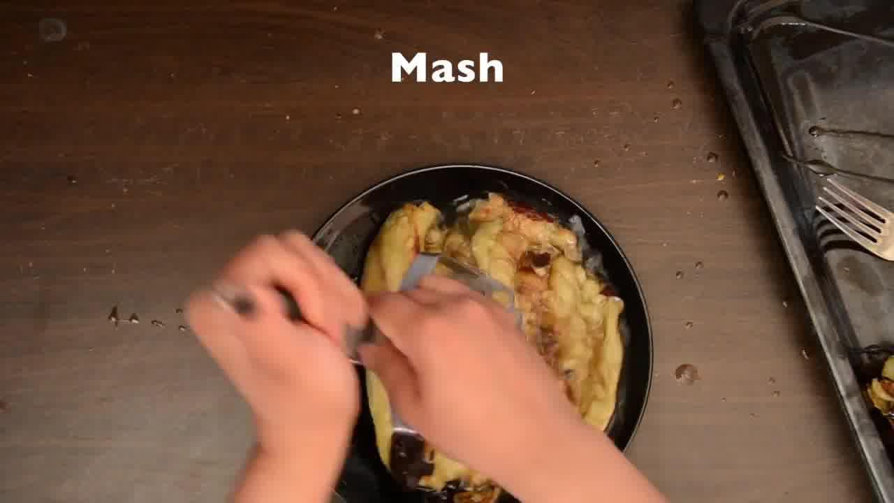 Image of the cooking step-3-2 for Baingan Bharta Recipe – Roasted Eggplant Mash