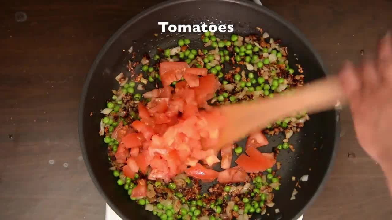 Image of the cooking step-4-6 for Baingan Bharta Recipe – Roasted Eggplant Mash